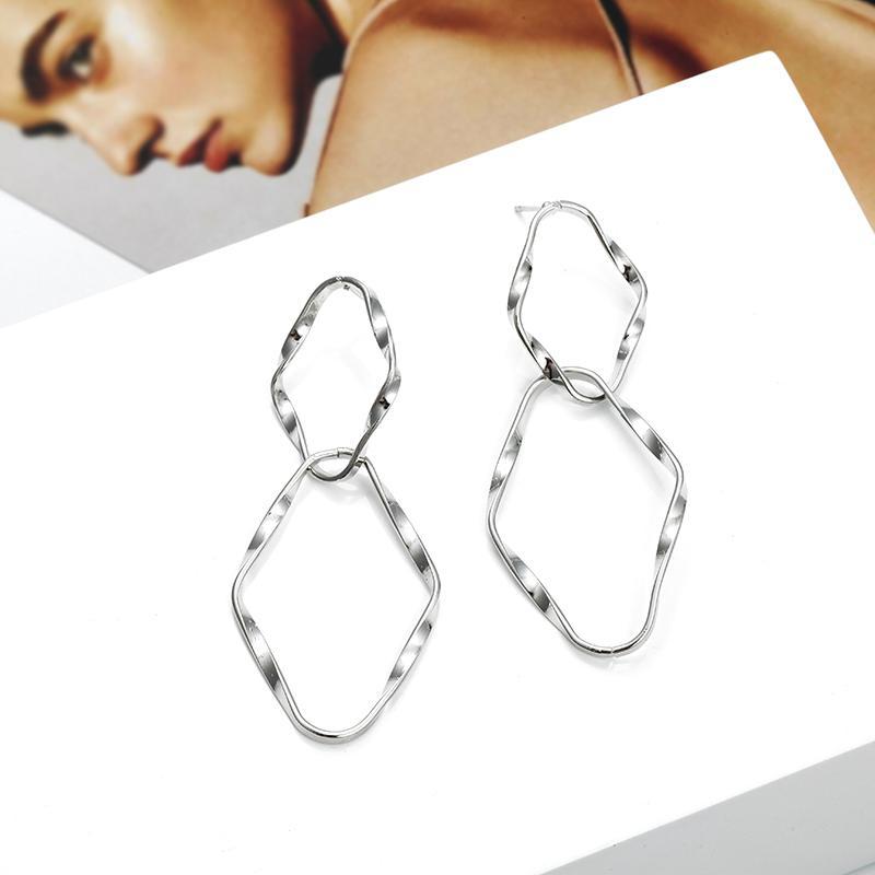 Einfache hohle abstrakte Ohrringe für Mädchen-Frauen-geometrischen Ohr-Schmucksache-Großverkauf und Dropshipping Art- und Weiseohrringe