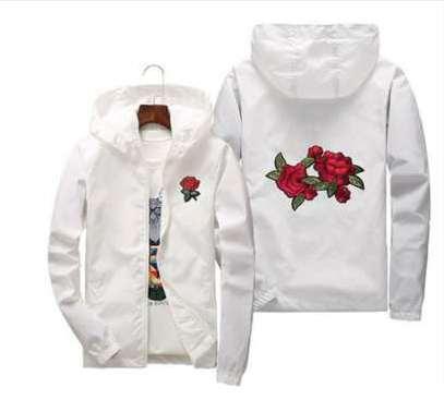 로즈 자켓 윈드 파킹 남성과 여성의 자켓 새로운 패션 화이트와 블랙 장미의 Outwear Coat