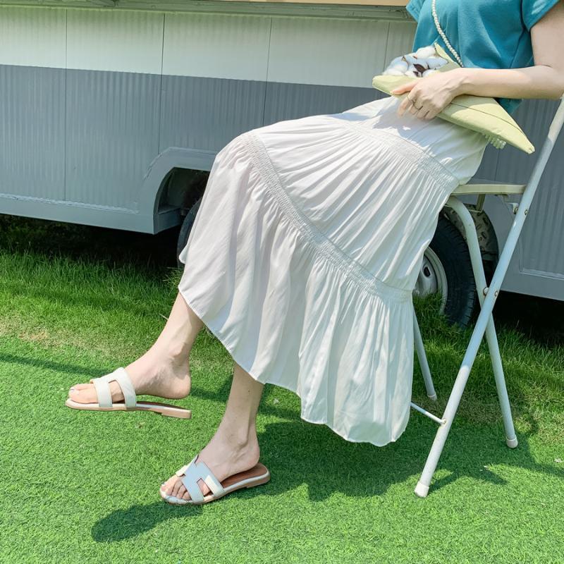2020 verano nueva falda versión femenina coreana de la mujer salvaje elástico Una palabra espina de pescado de la playa de la falda de Jfmhrx Mujer Faldas