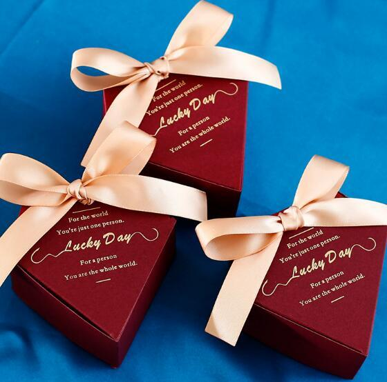 25Pcs New Arrival Burgundy Diamond Wedding Favors Candy Boxes Chocolate Box Party Supplies Gift Box Bomboniera Giveaways
