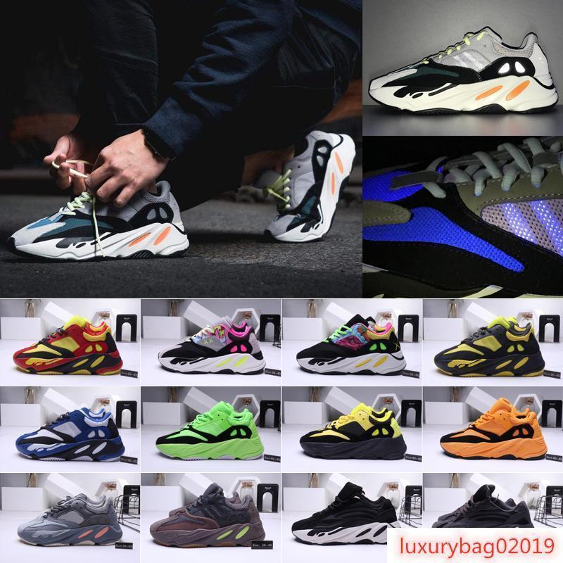 Mens Kanye West 700 in esecuzione le donne scarpe da ginnastica snkeaker 700 corridore di sport pattini del progettista 36-45
