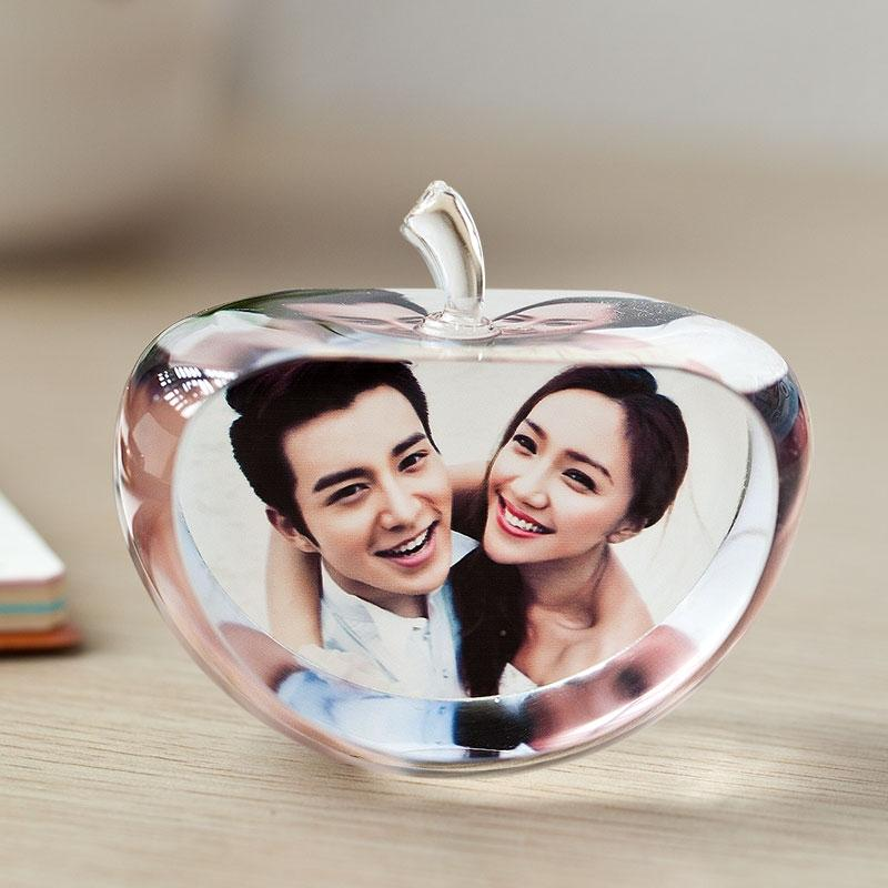 Luxury 80mm Apple Shaped Clear Crystal Photo Frame Customized Glass Picture Frame DIY Wedding Family Photo Album For Anniversary Gifts