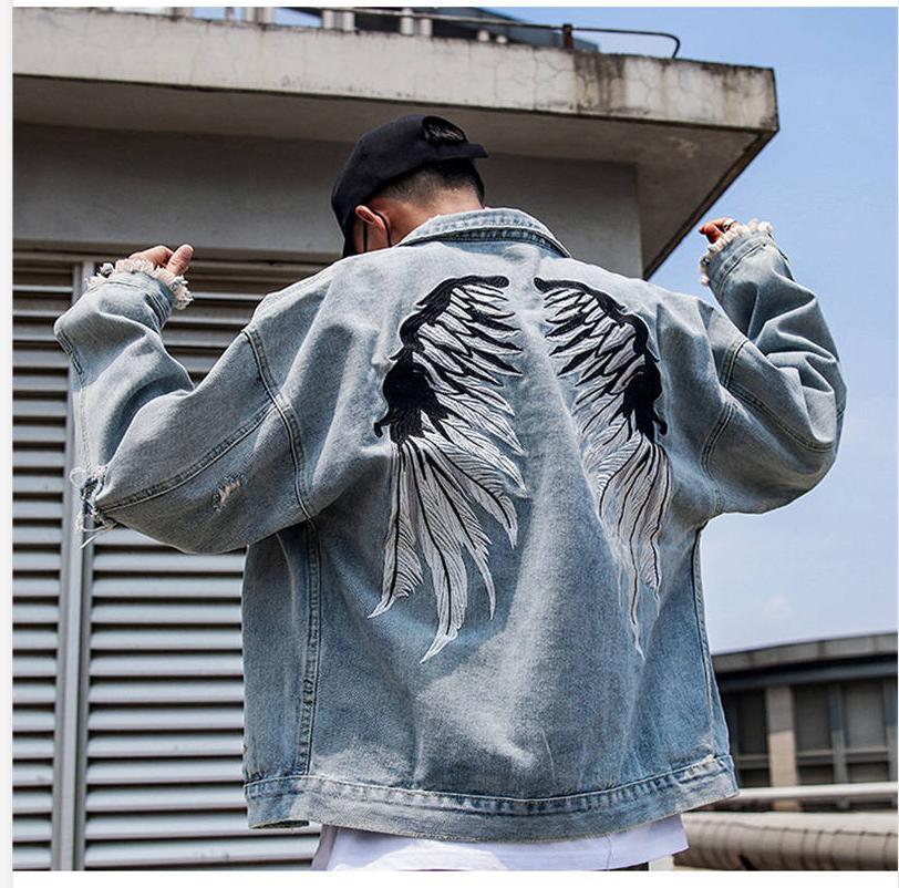New Mens Designer Jeans Jacket Men 2020 Streets Wing Embroidery Denim Coat Male Hole Jean Coat Jackets Hip Hop Outwear