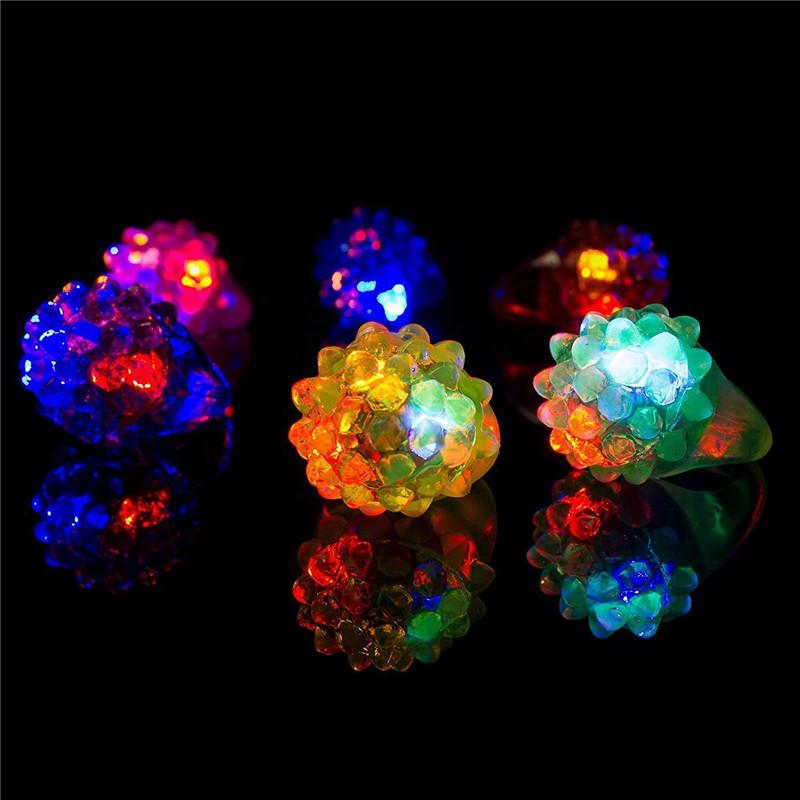 Giocattolo della barretta della torcia elettrica la luce calda del commercio all'ingrosso fragola luce incandescente Light Ring Flash partito Fascio di luce LED