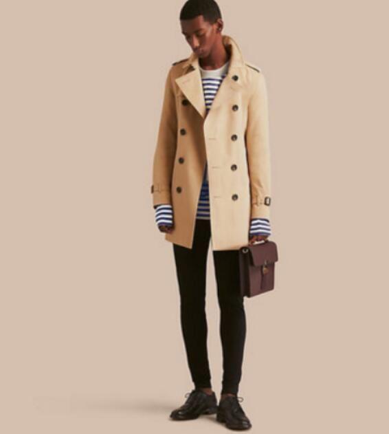 HOT CLASSIC! 남성 패션 잉글랜드 스타일 중간 길이 트렌치 / 높은 품질의 면화 남성 B86887F570 S-XXL에 대한 더블 브레스트 트렌치 코트 브랜드