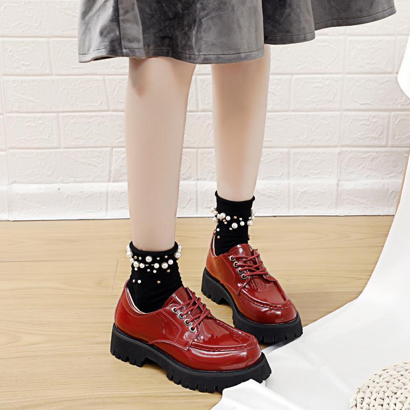 2020 Spring Petit cuir Chaussures à lacets simples College femmes Plate-forme sauvage vent épais femme Chaussures Étudiants Casual