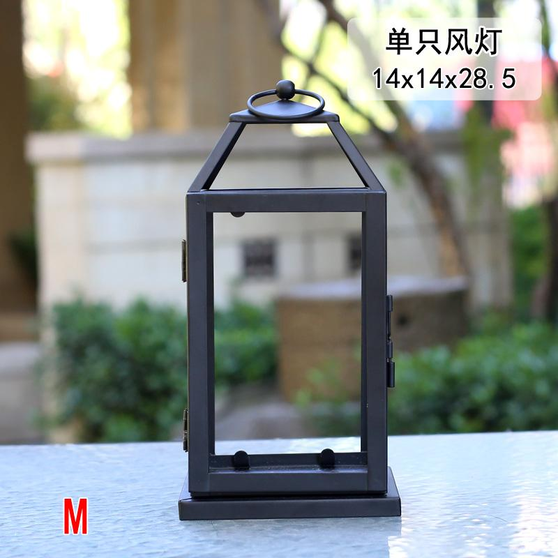 Retro Wrought Iron Glass Outdoor Candle Lantern Metal Windproof Lamp Candle Holders Courtyard Romantic Bougeoir Home Decor FC109