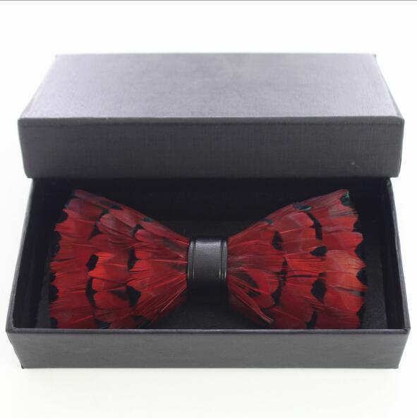 Mit Box Einzigartige Party Krawatte Rote Pfau-Feder-Fliege für Smoking Smoking der Mann-Qualitäts-Männer Vintage Fliege Freies Verschiffen