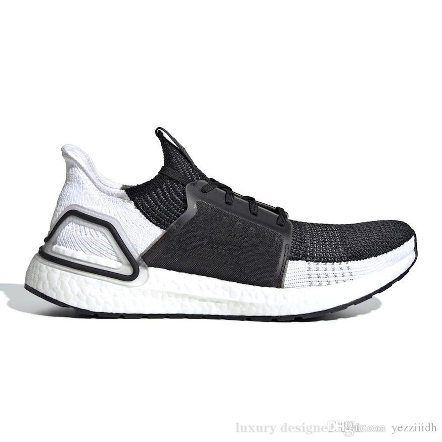 2019 de alta qualidade Ultraboos 19 3,0 4,0 Running Shoes Homens Mulheres Ultra Boos 5.0 é executado Branco Preto Atlético Designer Sneakers Tamanho 36-47 B47