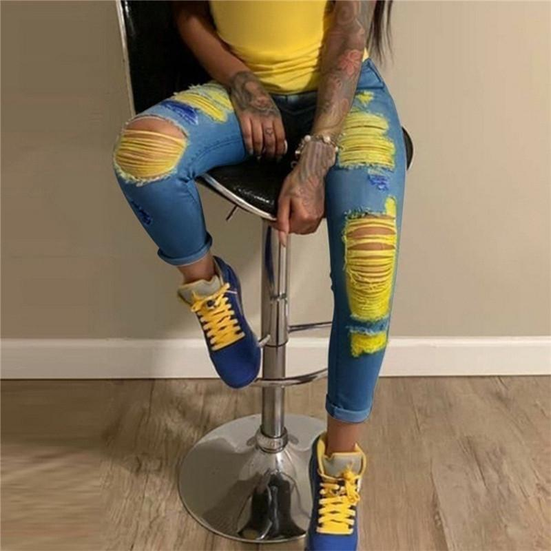 Moda Kadınlar Için Yırtık Delik Jeans Contrast Renkli Yıkanmış Sıska Kalem Pantolon Streetwear Yeni Kadın Yaz Pantolon