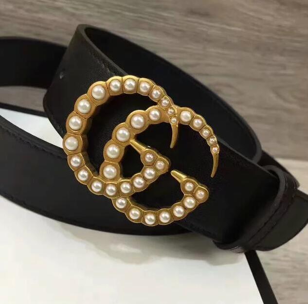 New 2020 nouvelle marque de luxe DESIGNERS ceinture de mode de haute qualité ceinture de loisirs des femmes de ceinture en cuir de vache Jeans Bracelet Livraison gratuite 37