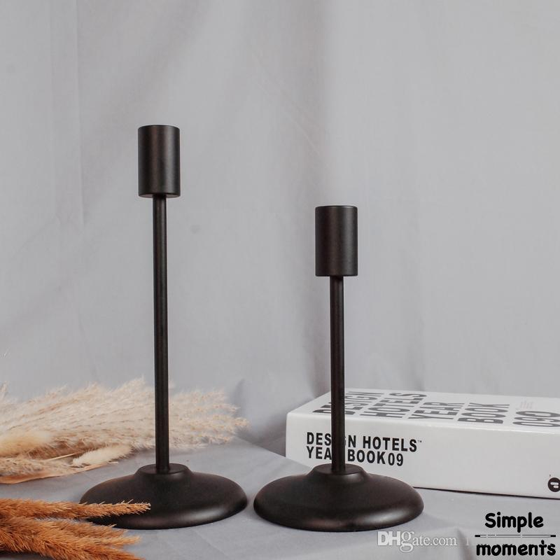 Free shiping A Pair of Modern Style Golden/Black Candle Holders Home Decorating Candlestick Retro Candle Holder For Dining Table