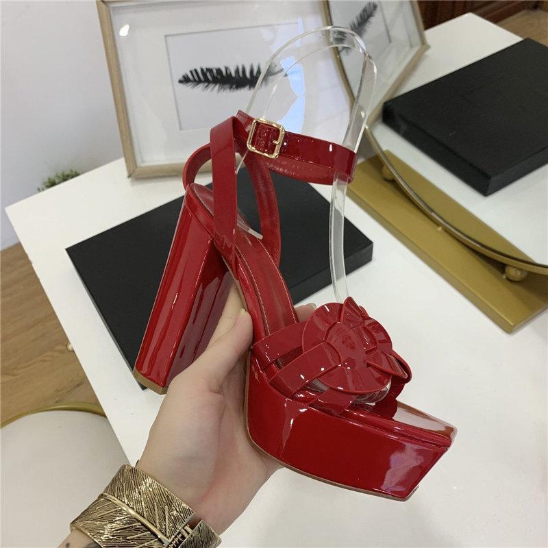 Clásico sandalias de la señora del verano de 2020 nuevas sandalias de verano sandalias del cuero genuino del tamaño grande elegantes zapatos de tacón grueso de las mujeres