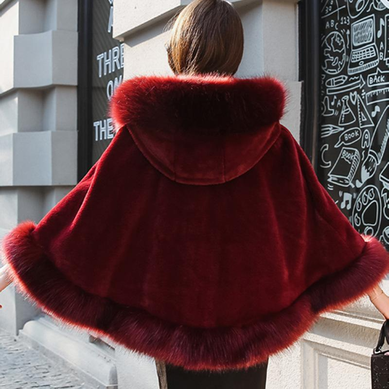New Fashion Brides Bridal Fur Shawl Woman 2018 Winter New Imitation  Fur Cloak Short Coat Womens Cape