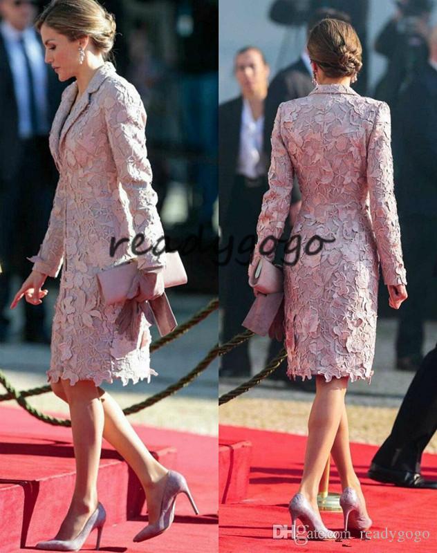 Elegante madre de la novia Vestidos con chaqueta Longitud de la rodilla Apliques Cuello de encaje Vestidos de madre Vestido de novia de manga larga