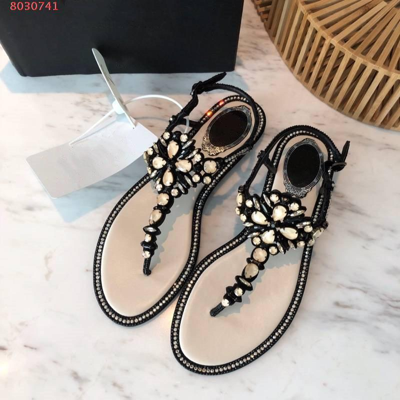 bd10c2e89711 ... Women word drag sandals Leather lining