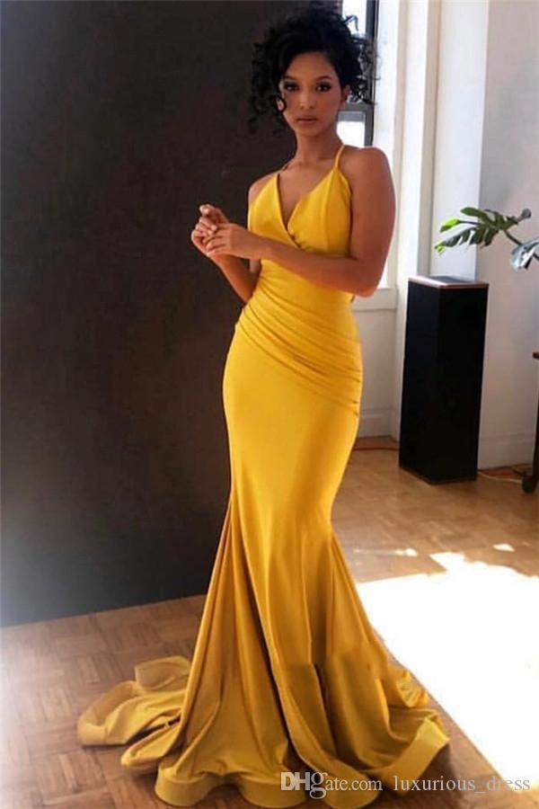 Tamaño Gold Plus sirena vestidos de baile de un hombro Volver hueco Barrer Tren Beads formal largo de los vestidos del partido de la tarde ocasión especial vestido de 2019
