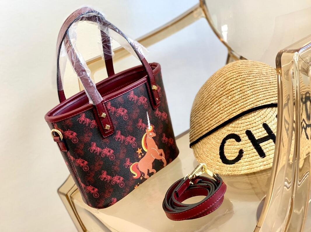 2020 new hight quality messenger adult boutique 1:1 package Women wallet purse crossbody bag handbag female purse fashion women bags40156 02