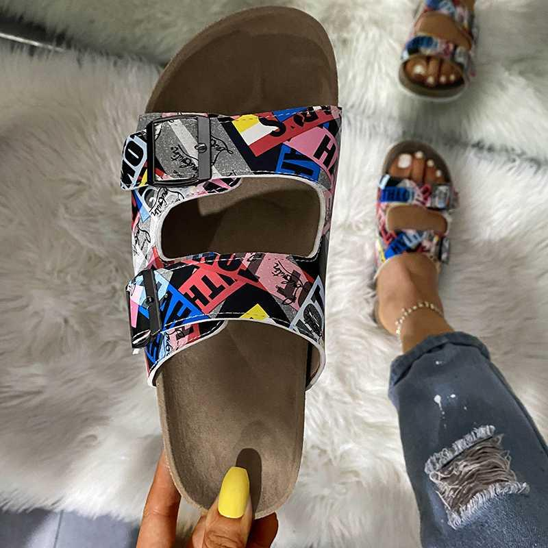 Drucken Schuhe 2020 New Summer Open Toe-Gürtel mit Doppelschnalle flache Hausschuhe Damen Flache beiläufige Strand-Slide Frau Flip Flop Schuh