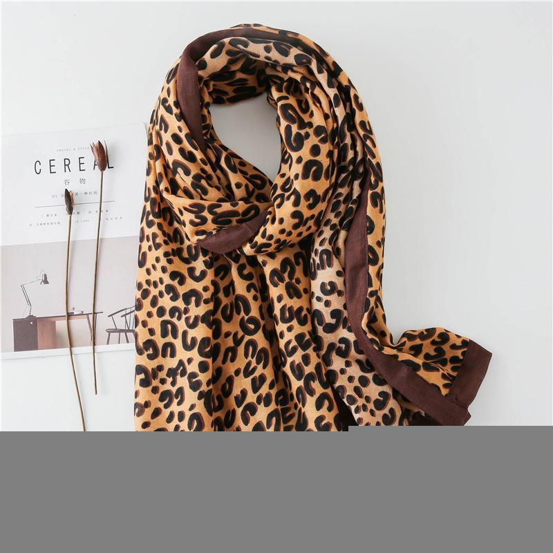 2019 Scarf Woman East Gate C Leopard Print Scarf Cotton Feel Keep Warm Package Edge Scarf Will Shawl