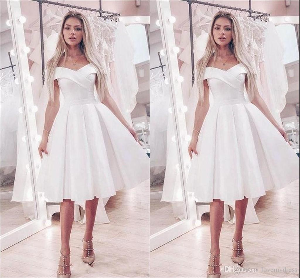 Discount Simple Boat Neck A Line Knee Length Wedding Reception