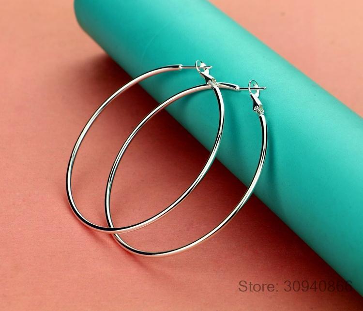 Bayanlar için Minimalist 925 Gümüş Büyük Hoop Küpe Kadın Büyük Yuvarlak Çember Toka Küpe Hoop Kulak Yüzük
