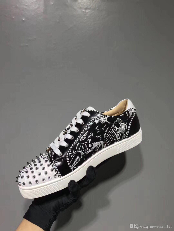2019 Zarif Beyaz, Siyah Graffiti Deri Kadınlar, Erkekler Dikenler Kırmızı Alt Sneakers Ayakkabı Casual Düşük En Genç Yürüyüş EU35-46 tasarımcıları