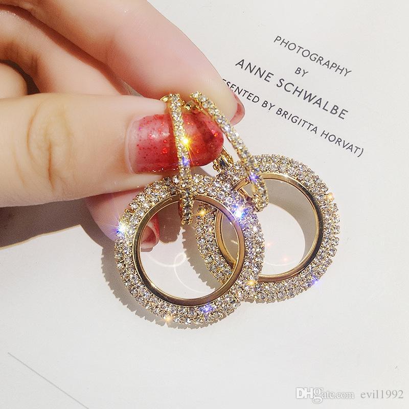 Yeni tasarım yaratıcı takı yüksek dereceli zarif kristal küpe yuvarlak Altın ve gümüş renk küpe düğün parti küpe kadınlar için