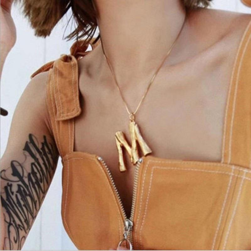 Kadınlar Lady Hediye Ucuz DHL ÜCRETSİZ 26 Açmasının Mektupları kolye Salkım Punk Altın Gümüş Yılan Zincir Hip Hop Alaşım Takı