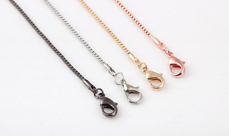 Caja Colores Moda 4 serpiente más nueva cadena Cadena Collar para flotar Locket Con Cadenas corchete de la langosta de la joyería