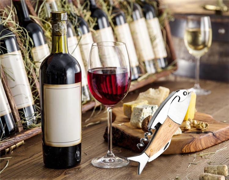 Multifunción Sacacorchos abridor de vino Forma de Pescado Abridor de botellas de vino Forma de Pescado Herramienta de Abridor de Mango de Madera Accesorios