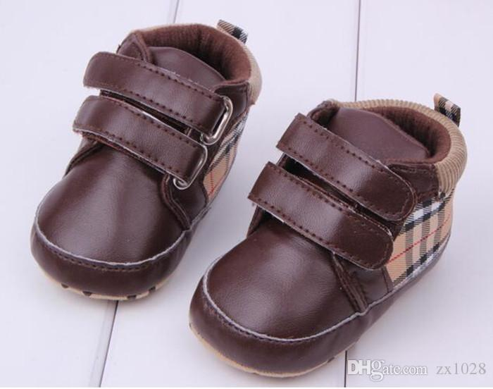 Bebê recém-nascido Meninos Meninas Sapatos Clássico Xadrez Confortável Primeiro Walkers Sapatos Bebê Criança Botas de Sola Macia Criança
