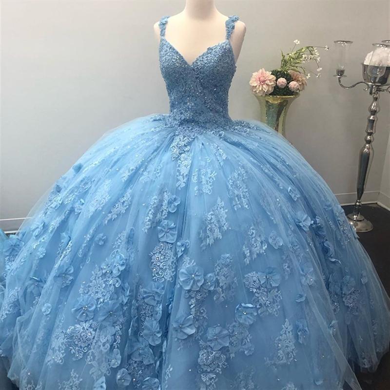 ضوء السماء الزرقاء فساتين quinceanera مذهلة 3d الرباط يزين اليد صنع الزهور مع الخرز الكرة ثوب الحلو 16 vestidos حفلة موسيقية العباءات