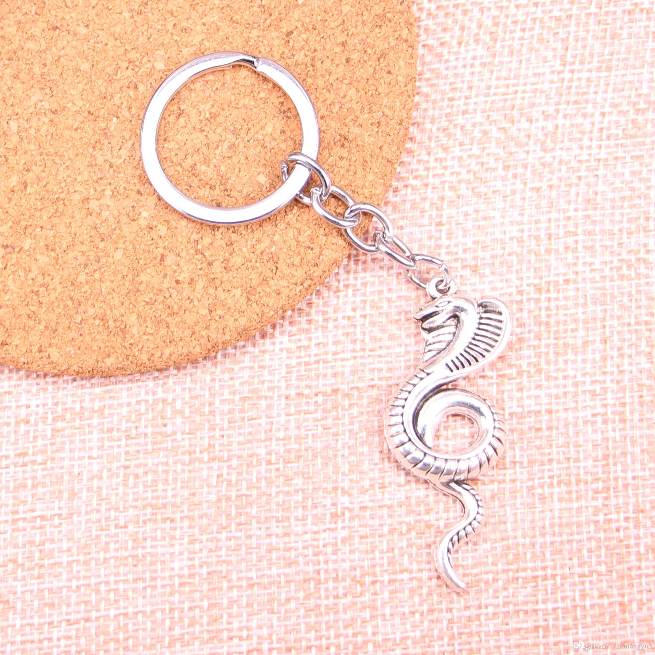 New Keychain 49*19mm king cobra snake Pendants DIY Men Car Key Chain Ring Holder Keyring Souvenir Jewelry Gift