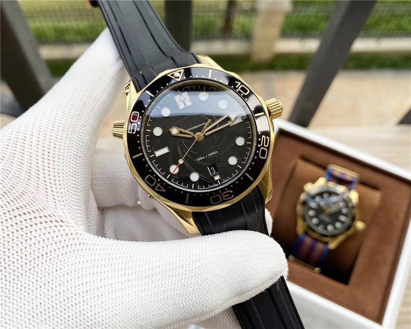 Dropship Men's Professional 300m Black Dial Watch Transparent Visible Hollow Back Automatic Watches for Men Rubber Nylon Leather Strap
