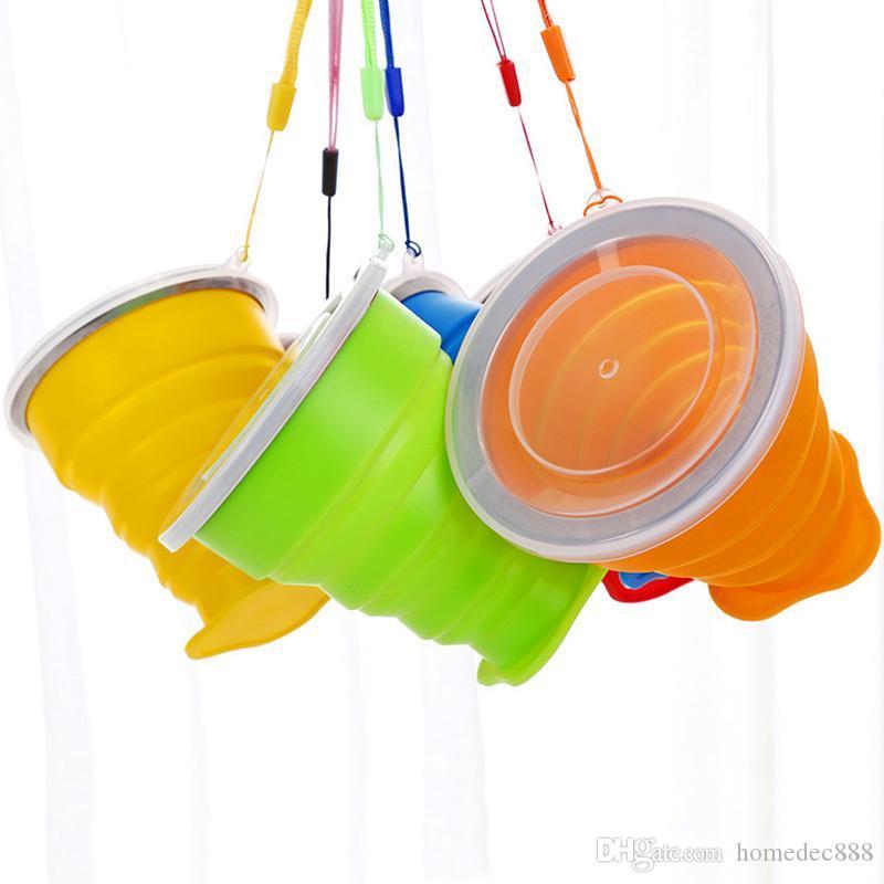 Taza de agua plegable portátil al aire libre Ligero Taza de té Creativa multifunción telescópica de silicona plegable taza con tapa DH0074