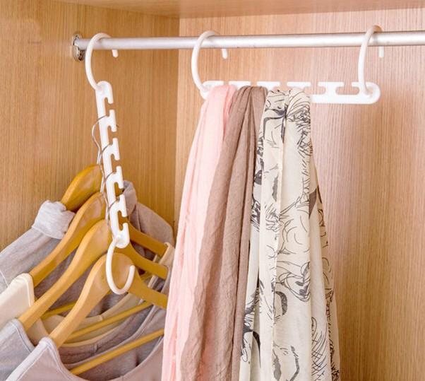 3D Space Saving Hanger Magic Clothes Hanger with Hook Closet Organizer