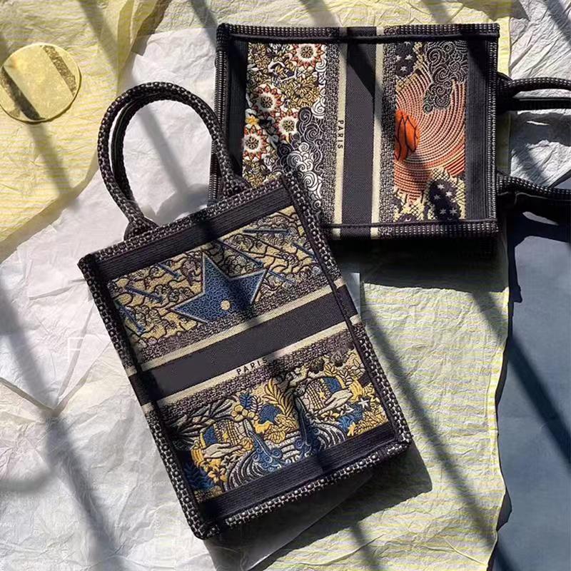 Tasarımcı-lüks tuval tasarımcı Tarot bağbozumu nakış baskı büyük kapasiteli alışveriş çantası PARİS kadın çantaları klasik kitap womens handbags