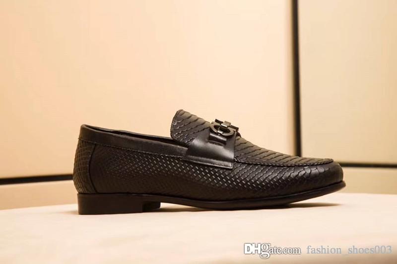 2018 de calidad superior de cuero real de cuero de vaca de los hombres zapatos casuales diseñador de lujo mocassin zapatos de vestir zapatos hombre 38-45