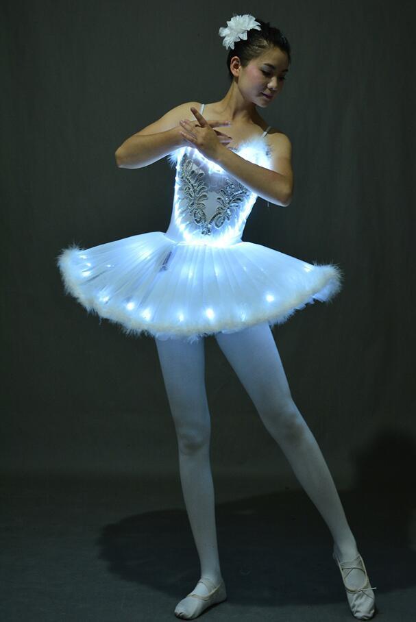 Nouveau Ballet professionnel Tutus LED Le Lac des Cygnes adultes Ballet de danse Vêtements Tutu Jupe Femmes Robe Ballerina pour Dance Party Costume