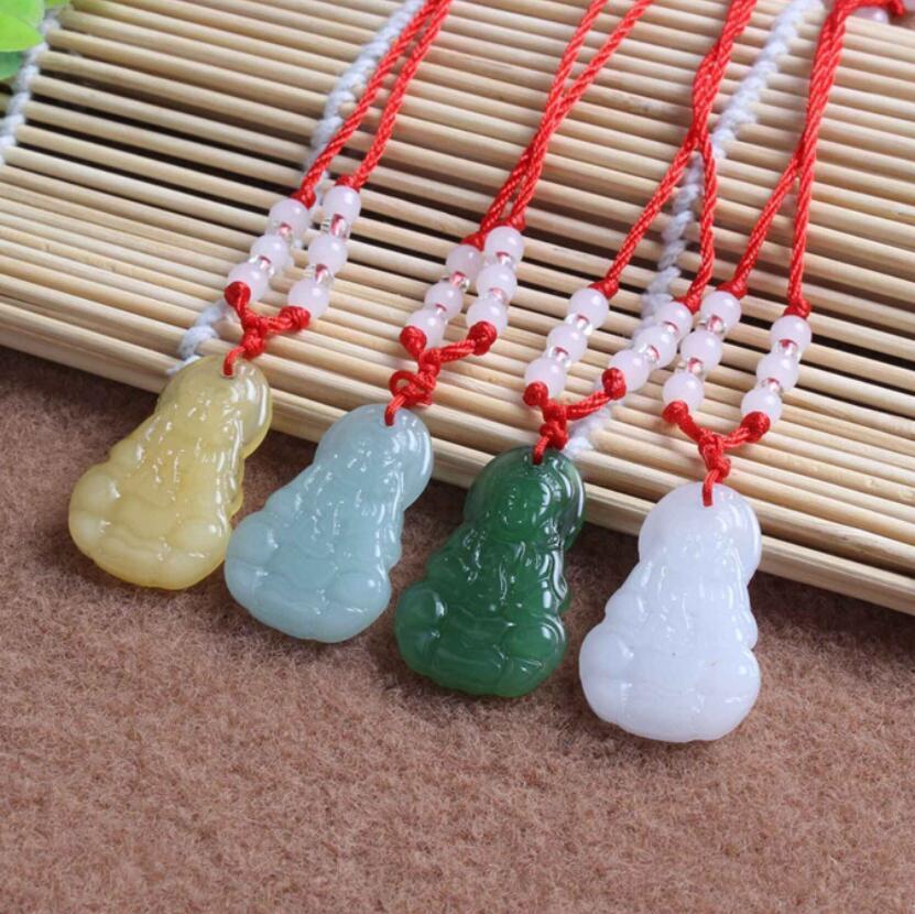 Venta caliente guanyin colgante imitación verde jade buddha collar de cristal ornamento djn587 orden de mezcla colgante collares joyería