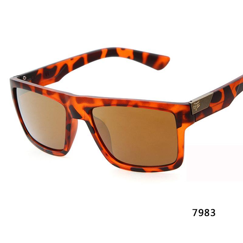 Fashion Designer Sunglasses Forma esterna MotoGP in bicicletta Eyewear di sport esterni di vetro di Sun Piazza bicicletta stile degli uomini Goggles