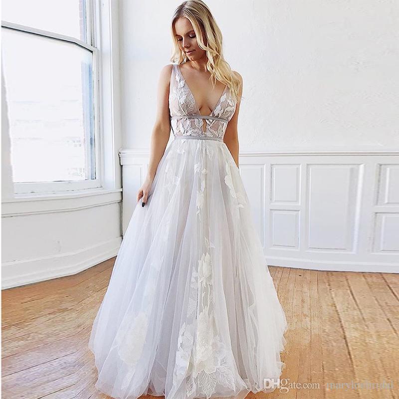 2019 Nueva Sexy espalda abierta sin mangas Vestido De Noiva Escote en V profundo Vestidos de novia de tul de longitud completa Blanco marfil por encargo vestidos de novia