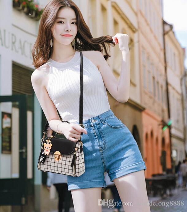 2018 yeni kadın mizaç ekose omuz çantası moda rahat Messenger PU çanta vahşi küçük kare çanta m1