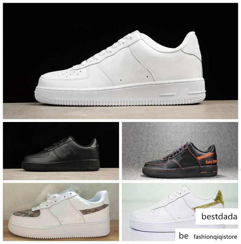 2017 New One 1 dunk Hommes Femmes Chaussures casual, sport Skateboard Chaussures High Low Cut Outdoor Blanc Noir Baskets Chaussures de sport