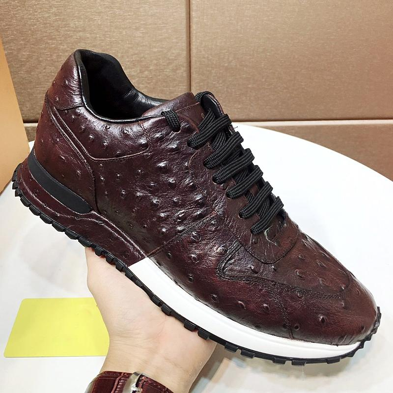 Novo designer de alta qualidade mens sapatos esportivos, couro lowtop elegante skate sapatos de desporto ao ar livre, calçados masculinos casuais design plano qa sapatos