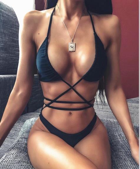 Womens Designer Sexy Maillots de bain évider Bikinis mode taille basse One Piece Maillots de bain pour femmes Plage Casual Bikinis