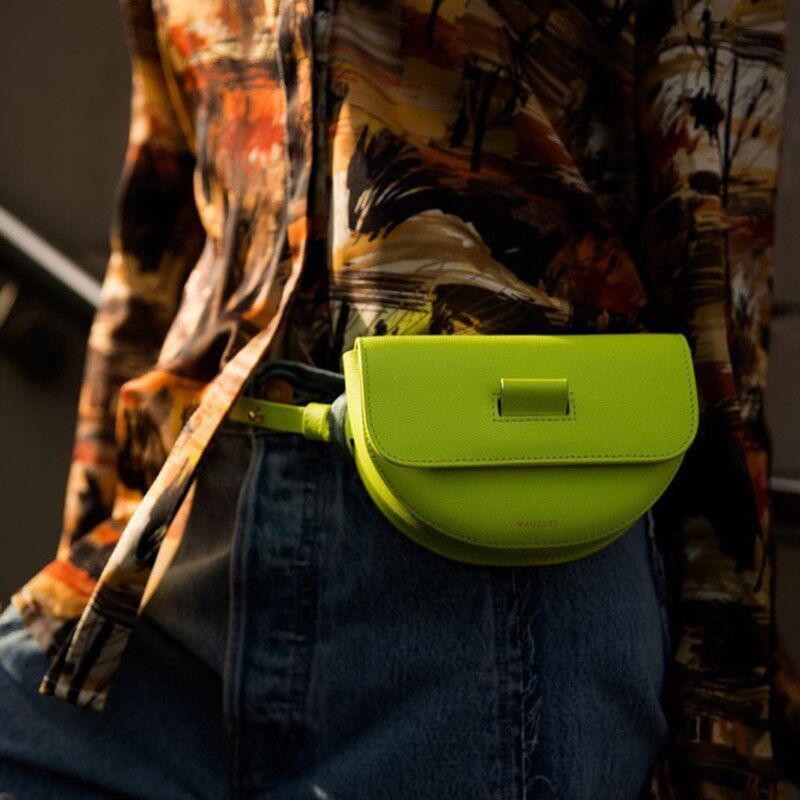 Lady Moda Half Moon bolsa das mulheres cor sólida Mini Shoulder Bag Casual Messenger Bags Evening Partido Tote Lady saco da cintura