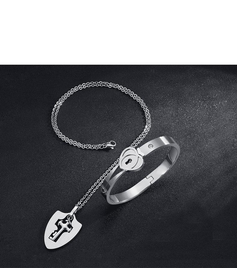 Su el suyo joyería juego el sistema, Parejas dominante del encanto del collar de la pulsera del bloqueo, San Valentín regalo de la joyería de acero inoxidable personalizada