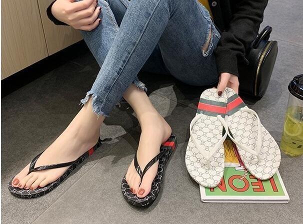 2019 Fashion Women's sandals slippers for women Hot Luxury Designer flower printed beach flip flops slipper BEST QUALITY